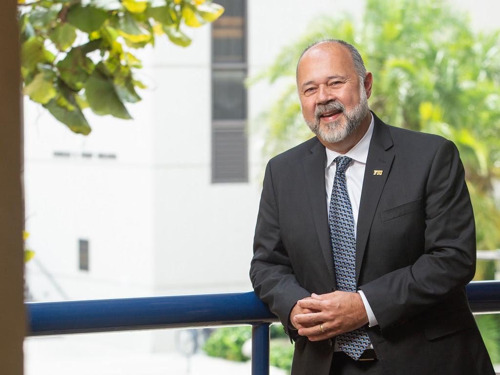 Meet Juan Carlos Espinosa, Dean of the Honors College ...